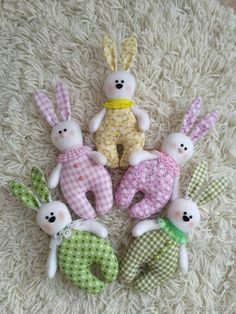 We sew a bunny for kids: publications and master classes - Fair Masters sew einfach clothes crafts for beginners ideas projects room Sewing Toys, Baby Sewing, Sewing Crafts, Sewing Projects, Sewing Stuffed Animals, Stuffed Toys Patterns, Fabric Toys, Fabric Crafts, Easter Crafts