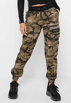 Cute Sweatpants Outfit, Cargo Pants Outfit, Cargo Pants Women, Camo Pants, Pants For Women, Women's Camo, Camo Dress, Girl Camo, Shirt Dress