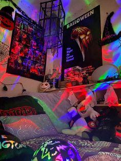 Hippie Bedroom Decor, Indie Room Decor, Room Design Bedroom, Room Ideas Bedroom, Aesthetic Room Decor, Bedroom Inspo, Horror Room, Halloween Room Decor, Grunge Bedroom