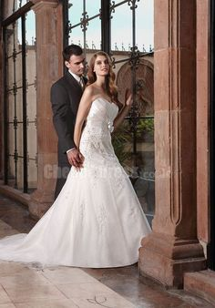A-LINE SWEETHEART TULLE FLOOR LENGTH BRIDAL GOWNS WITH FLOWERS