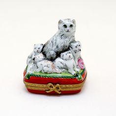ORIGINAL LIMOGES TRINKET BOX PILL BOX CAT GATTO CON GATTINI HAND PAINTED | eBay