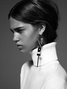 LV FW2014 single earring