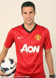 Robin van Persie stands to earn an extra on top of his mammoth wages at Manchester United - just for staying at the club. Soccer Players, Football Soccer, Robin Van, Van Persie, Man United, Manchester United, Fifa, Superstar, Polo Ralph Lauren