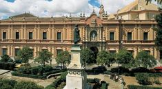 Museo De Bellas Artes De Sevilla - El antiguo convento de la merced paso a ser museo de bellas artes.