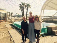 Nice to see you here! Beach Club, Sun Lounger, Gazebo, Deck, Van, Celebs, Couple Photos, Celebrities, Couple Shots