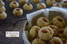 Naan Khatai recipe by Theretrokitchen posted on 07 Jan 2018 . Recipe has a rating of by 1 members and the recipe belongs in the Biscuits & Pastries recipes category Biscuit Cake, Biscuit Cookies, Pastry Recipes, Sweets Recipes, Desserts, Dough Press, Clarified Butter, Food Categories, Naan