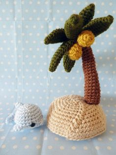 tropical island amigurumi.