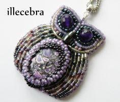 Aurora - a little, violet owl. #beadembroidery #illecebra