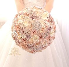 Champagne rose gold BROOCH BOUQUET. Ivory, beige, cream broach boquet. Jeweled crystal flowers weding bridal bouquet by Memory Wedding  This listing is for bridal bouquet only, other matching accessories you can find in our Etsy store   Boutonniere you can find here