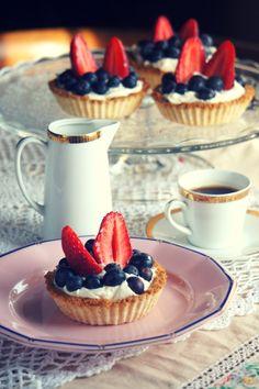 Mini Cupcakes, Tiramisu, Cheesecake, Paleo, Cooking Recipes, Food, Mascarpone, Cheesecakes, Chef Recipes