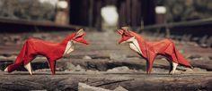 No es la primera vez que hablamos de artistas que realizan obras de origami, seguro que tampoco será la ultima ya que este tradicional arte japonés puede dar muchos resultados creativos, uno de esos son estos animales en origami en su estado salvaje realizados por un artista amante de la naturaleza. El artista detrás de …