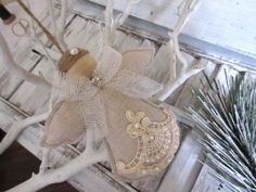 This is a cute Angel Christmas Ornament , to decorate the Christmas tree, wonderful gift for teachers, friends, hostess gifts etc...  These sweet angels are waiting to watch over your home during the holidays. They will look great on the shelf, or as your table centerpiece.They measure 4 inches tall. The angels will be carefully and safely packed for shipping .