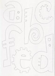 Moldes de letras del abecedario para ampliar o reducir y realizar carteles, manualidades, pintura. etc. Para descargar estos moldes de letra... Hand Lettering Fonts, Graffiti Lettering, Block Lettering, Calligraphy Tutorial, Calligraphy Letters, Art Du Monde, Alphabet Templates, Felt Crafts Patterns, Printable Letters