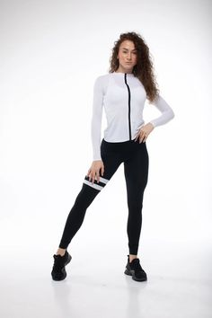 Black-and-White Sports Suit/Women Sports Suit/White Sports   Etsy Printed Leggings Outfit, Sports Leggings, Suits For Women, Fit Women, Black Widow Cosplay, Long Sleeve Crop Top, Sports Women, Sport Outfits, Kids Climbing