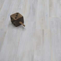 Cottage - Whitewashed Oak Laminate Flooring You are in the right place about laminate flooring tips Here we offer you the most beautiful p Laminate Flooring Basement, Herringbone Laminate Flooring, Direct Wood Flooring, Best Laminate, Wood Laminate, Stone Flooring, Basement Bar Designs, Floor Colors