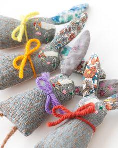 Apoline a Paris Sewing Art, Sewing Toys, Softies, Rabbit Crafts, Tilda Toy, Fabric Animals, Fabric Toys, Soft Dolls, Felt Toys