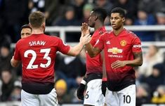Top Contenders For The Manchester United Player Of The Year Best Manchester United Players E. Manchester United Away Kit, Manchester United Images, Manchester United Transfer, Manchester United Wallpaper, Manchester United Legends, Manchester United Players, Manchester City