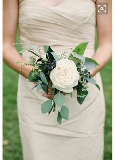Rustic giant garden rose attendant bouquet.
