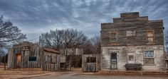 Abandoned Ingalls, Oklahoma hotel and saloon. Shootout between US Marshalls and Dillon gang in 1898 left 3 lawmen and one resident dead.