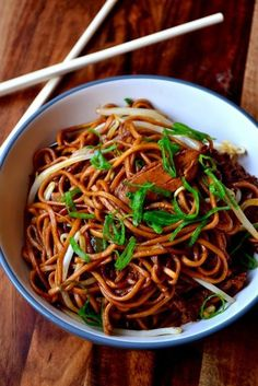 Chicken Chow Mein - a Chinese takeaway classic, this recipe for chicken chow mein is simple, authentic and flavoured with dark soy sauce, ginger and garlic.