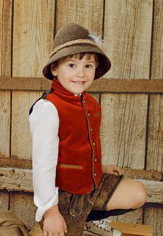 Lederhose Kinder - Ideale Tracht für festliche Anlässe. Europe, Hats, Style, Fashion, La Mode, Dirndl, Daughter, Jackets, Swag