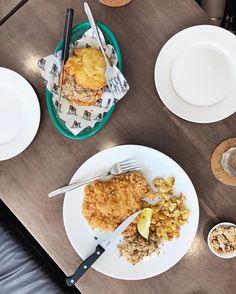 Its schnitzel time! . . . . . #food #foodporn #yum #instafood #TagsForLikes #yummy #amazing #instagood #photooftheday #sweet #love #lunch #breakfast #fresh #tasty #foodie #delish #delicious #eating #f52grams #foodpics #eat #hungry #foodgasm #hot #gastronaughty #bangkok #thailand