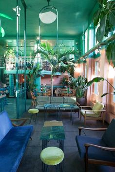 In Amsterdam& Bar Botanique sehen - Interior Architecture, Interior And Exterior, Cafe Design, House Design, Amsterdam Bar, Amsterdam Netherlands, Colorful Restaurant, Modern Restaurant, Mein Café