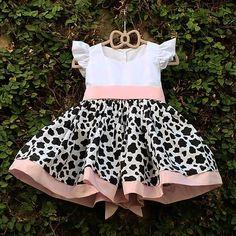 Farm Animal Birthday, Farm Birthday, Fashion Kids, Girl Fashion, Baby Dress Clothes, 1st Birthday Party For Girls, Disney Frozen Birthday, Twins 1st Birthdays, Baby Girl Dress Patterns