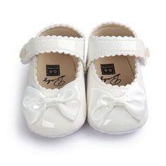 Βρεφικά-παπούτσια-αγκαλιάς-με-μπαρέτα-άσπρα-με-ασπρο-φιογκο