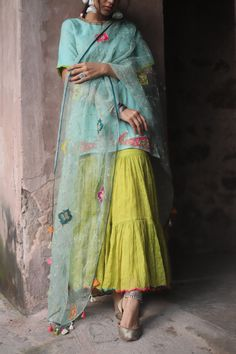 Dress Indian Style, Indian Outfits, Indian Wear, Stylish Dresses For Girls, Simple Dresses, Indian Dresses Traditional, Casual College Outfits, Patiala, Salwar Kameez