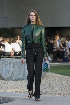 Louis Vuitton pre-summer 2016