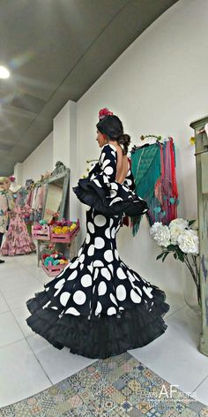 Dance Dresses, Girls Dresses, High Fashion, Fashion Beauty, Flamingo Dress, Black White Red, African Fashion, Dress To Impress, Pin Up