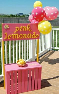 lemonade stand for party Kids Lemonade Stands, Diy For Kids, Crafts For Kids, Pink Lemonade Party, Lemon Party, First Birthday Parties, Girl Birthday, Craft Party, Summer Fun