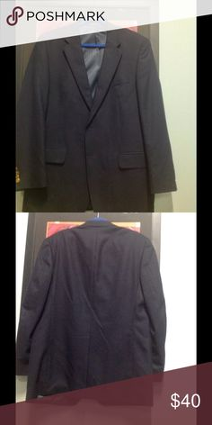 CLUB ROOM NAVY BLUE 100% WOOL TWO BUTTON BLAZER Light weight navy blue 100% wool blazer with gold monogrammed buttons. Single vent. Excellent condition. Club Room Suits & Blazers Sport Coats & Blazers