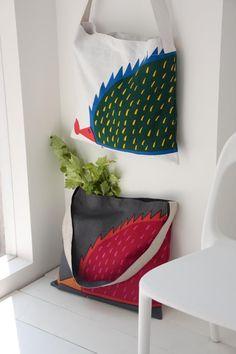Totes by Japanese textile designer Masaru Suzuki for Ottaipnu. via pink pagoda studio.