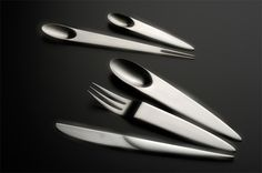 Inspired by the oval shape of Japanese tea plant leaf, Belgian designer Nedda El-Asmar came up with this beautiful table cutlery design.