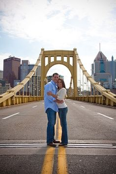 » Engagement shoot in Pittsburgh and Schenley Park Pittsburgh Wedding Photographer