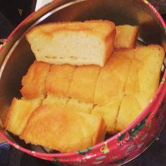 Lemon Loaf made! 1 Syn per piece and lovely way to stay on plan. Ingredients •2 lemons •5 eggs •45g granulated sweetener (or just 30g if n...