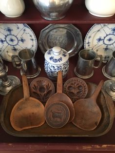 Primitive Kitchen, Primitive Antiques, Primitive Folk Art, Primitive Country, Love Vintage, Butter Molds, Churning Butter, Dough Bowl, Wood Bowls