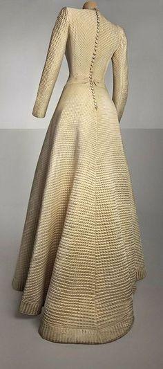 Bruyère wedding dress, 1944, Haute Couture, Palais Galliera, Museum of Fashion