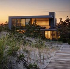 Seaside house, The Hamptons by Stelle Architects