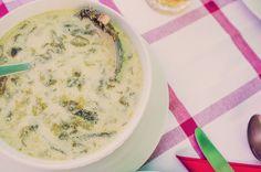 salad soup #fresh #summer Romanian Food, Cheeseburger Chowder, Soup, Salad, Fresh, Traditional, Summer, Recipes, Kitchens