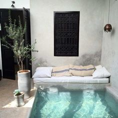 Best Mini Pool Design Ideas For Small Backyard - Mini Swimming Pool, Swimming Pool Landscaping, Mini Pool, Small Backyard Pools, Small Pools, Ideas De Piscina, Mini Piscina, Dipping Pool, Piscina Interior