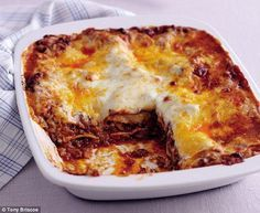 Meat lasagne & Bolognese sauce, Mary Berry
