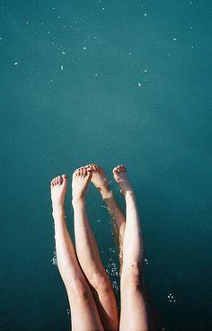 Float away in a pool of deep aqua blue. #lifeilluminated #devinecolor