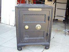hand painted york safe lock co floor safe antique safes pinterest auction antiques and. Black Bedroom Furniture Sets. Home Design Ideas