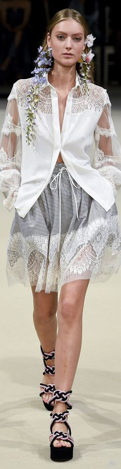Spring 2018 RTW Alexis Mabille