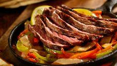 Dit recept bevat veel Ingrediënten uit de schijf van vijf. Namelijk vlees, groente en bonen. Met dit hoofdgerecht voor twee personen zet u een culinair hoogstandje op tafel.