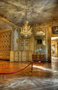 ♔ Forbidden Room in the Palace of Versailles