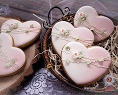 pretty heart cookies